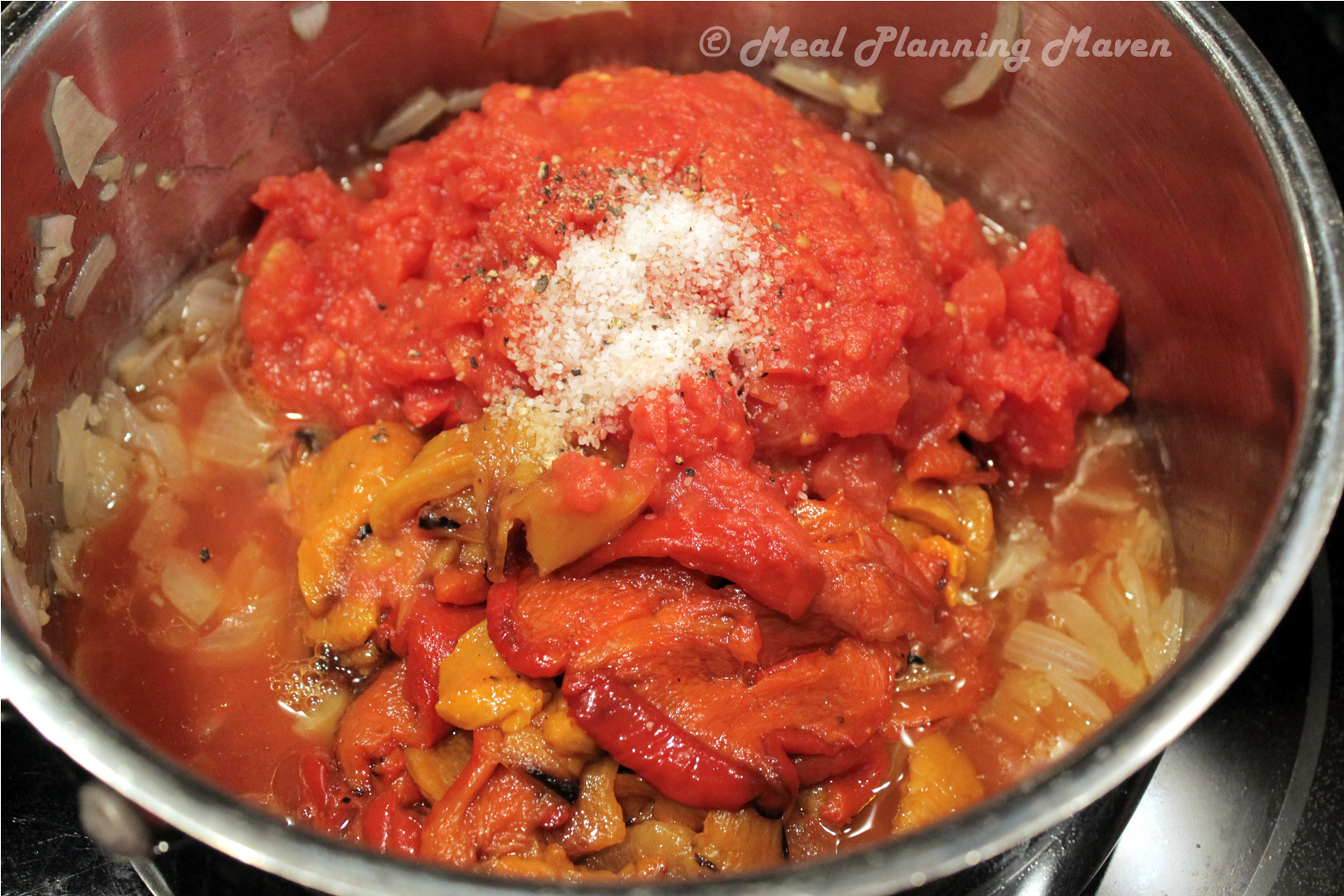 Baked Spaghetti Squash With Creamy Roasted Red Pepper ...