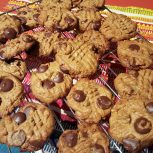 Crispy Choco-Chip Peanut Butter Cookies
