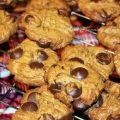 Crispy Choco-Chip Peanut Butter Cookies